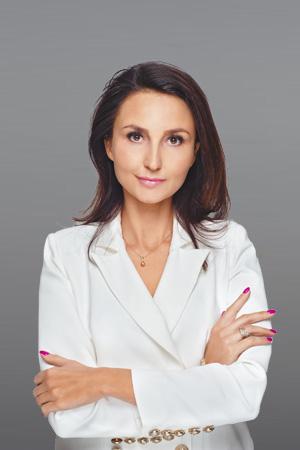MAGDALENA KURZAWSKA Solicitor / Legal advisor